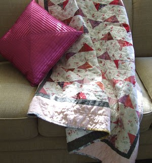 A Quilty Finish: Raspberry Rows