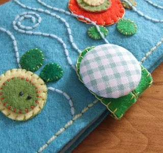 Tutorial – Teddy Bear Swim Needle and Hook Book