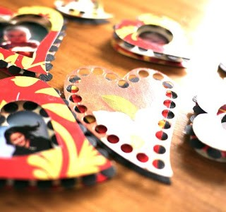 Tutorial: Tissue Box Photo Hearts