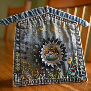 Drop-Dead Denim: Pocket House Picture Frame in the Shop