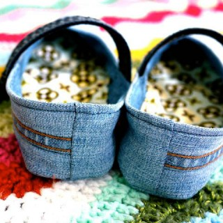 """Drop-Dead Denim: Mary Janes (Or Should I Say """"Mary Jeans""""?)"""