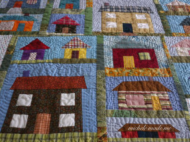A Little House Quilt - Michele Made Me : quilt house patterns - Adamdwight.com