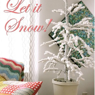Cornstarch Packing Peanut Snow Crafts